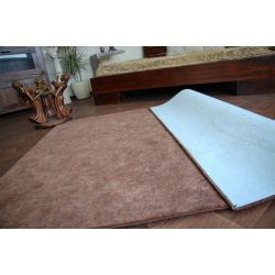 Fitted carpet SERENADE 822 brown