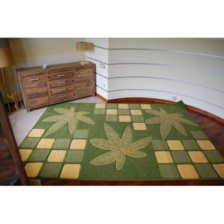 Carpet RUBIKON 8576 green