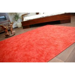 Fitted carpet SERENADE 316 red