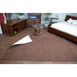 Fitted carpet TAMPA 40 brown